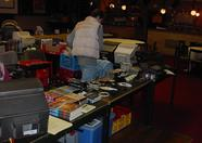 Bas Kornalijnslijper of MCWF working on his stand